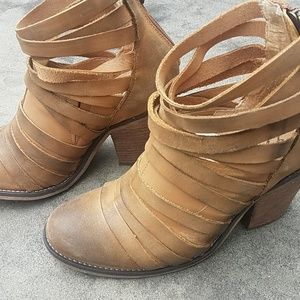 Free people bootie so 36